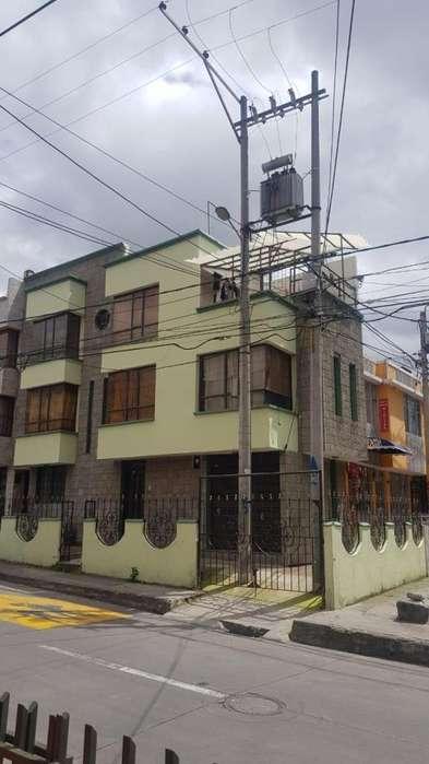 En venta Casa en SANTA MONICA