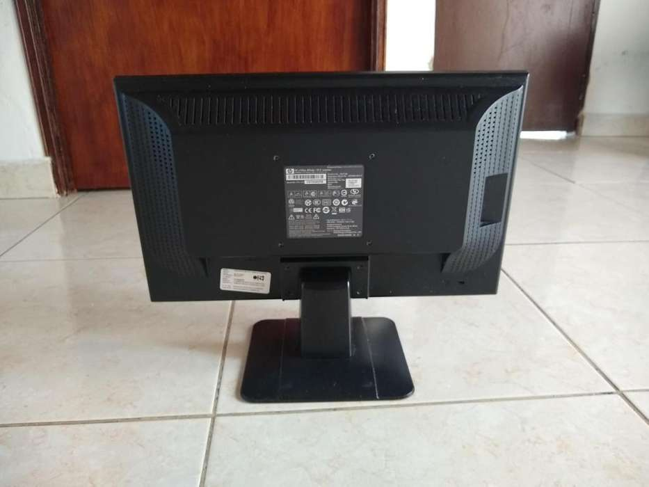 Pantalla para PC HP de 18 5 negociable