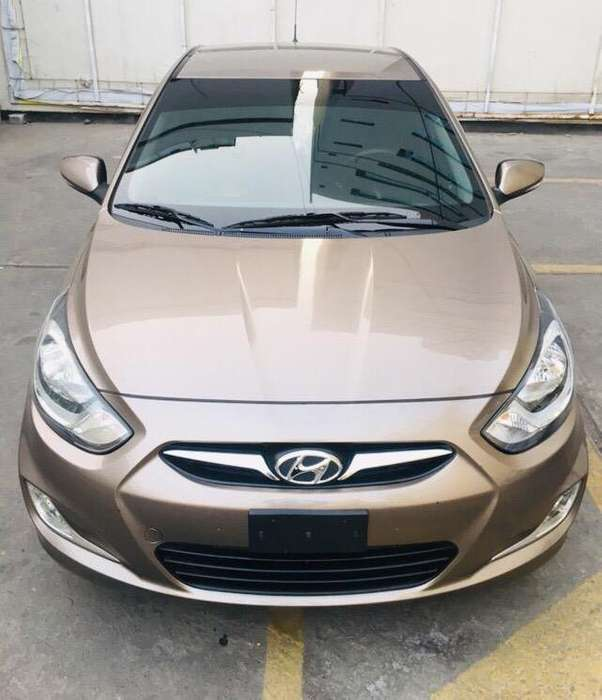 Hyundai Accent Hatchback 2013 - 60000 km
