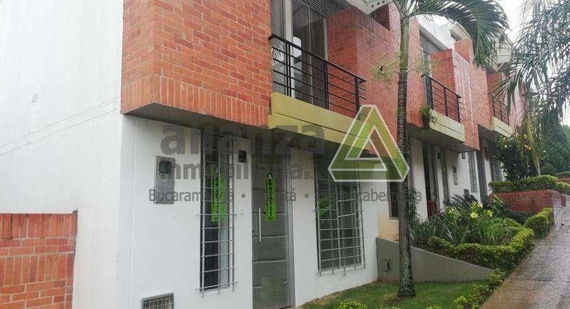 Arriendo Casa Calle 128 #47 -174 Casa 31 Manzana C - C Floridablanca Alianza Inmobiliaria S.A.