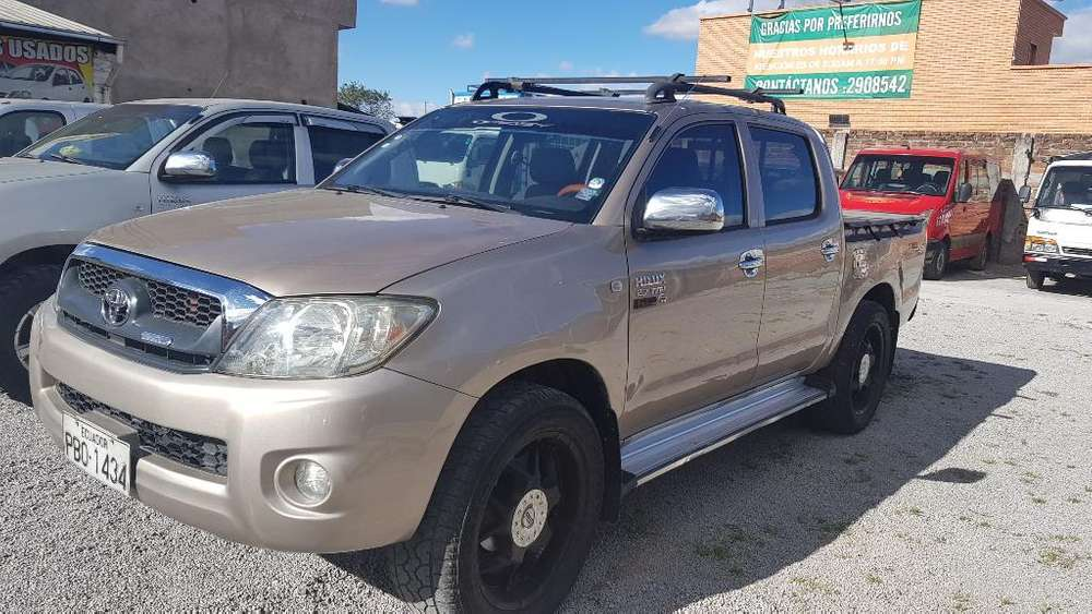 Toyota Hilux 2010 - 160000 km