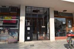 Venta departamento 1 dormitorio con patio, Lourdes
