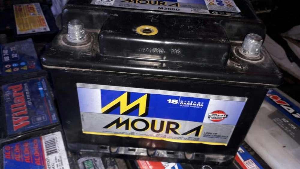 <strong>bateria</strong> Moura 65 Amp Como Nueva con Gtia