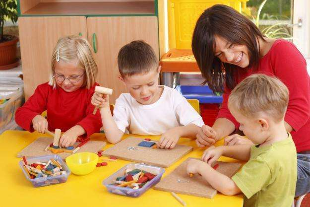 profesora de inicial y primaria dicta clases a a domicilio