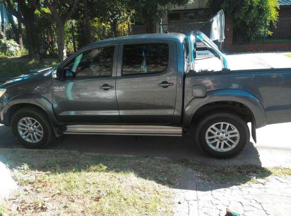 Toyota Hilux 2014 - 130000 km