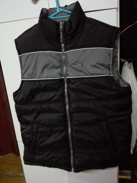 Chaleco marca Tommy Hilfiger reversible