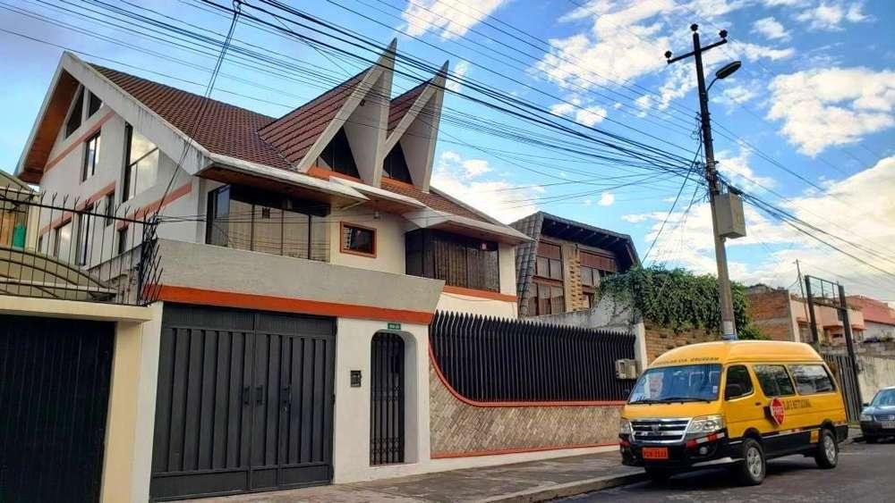 Amplia casa para <strong>oficina</strong>s / Empresas - Keneddy La Luz - En venta