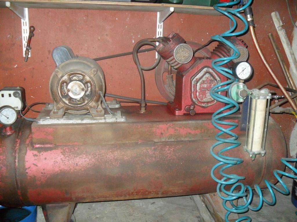 compresor de aire ,usado en muy buen estado ,con algunos accesorios
