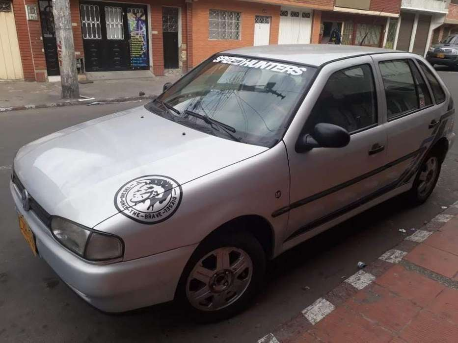 Volkswagen Gol 1998 - 200000 km