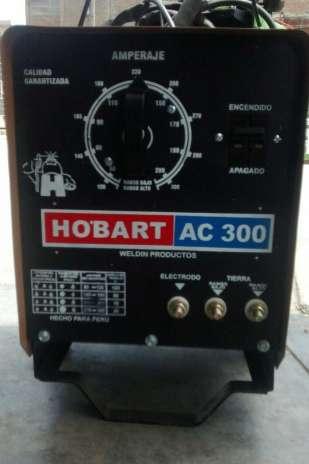 Maquina De Soldar Hobart Tc 300 En Buen Estado Sellado