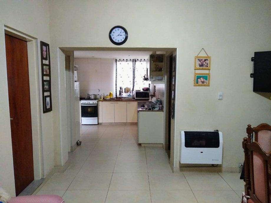 Casa PH en venta en Castelar Norte