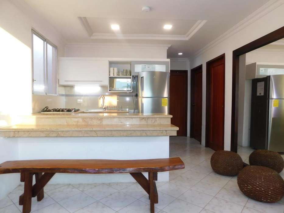 4 noches 290 <strong>vacaciones</strong> en Salinas Alquiler Casa amoblada /front piscinas / WIFI / Villa Playa