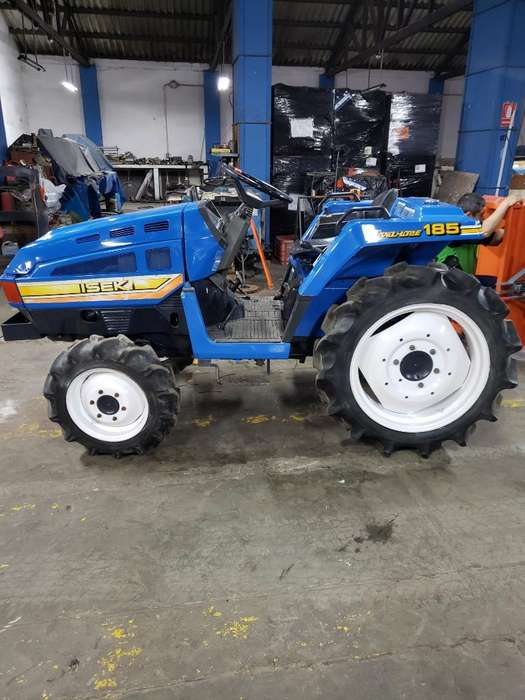 Tractor Agricola 4x4 18.3 Hp Iseki 3 Cil