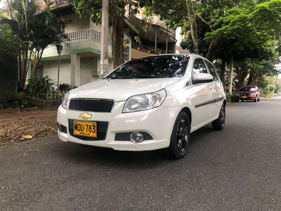 Chevrolet Aveo Emotion 2010 - 104000 km