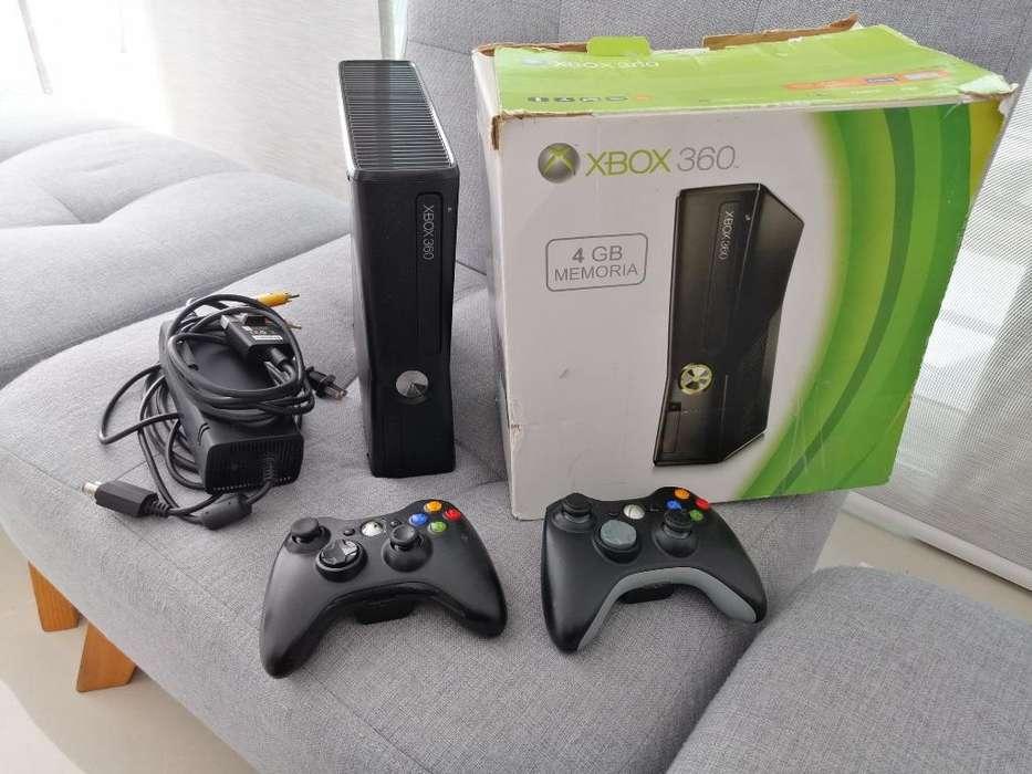 Xbox 360 en Excelente Estado.