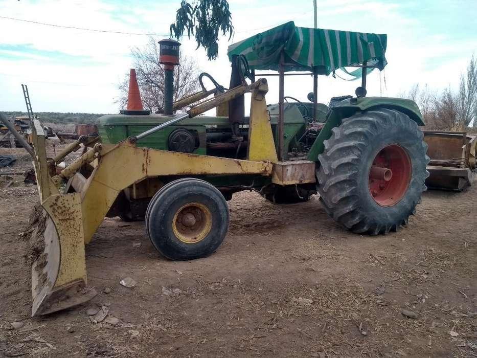 Tractor Deus a 144