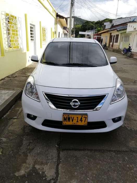 Nissan Versa 2013 - 56500 km