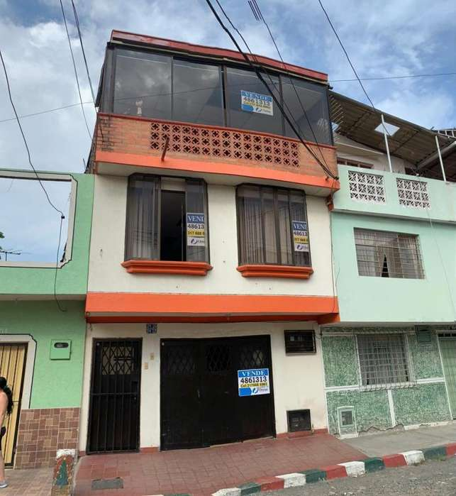 Casa En Venta En Cali Berlin Cod. VBUNI9925