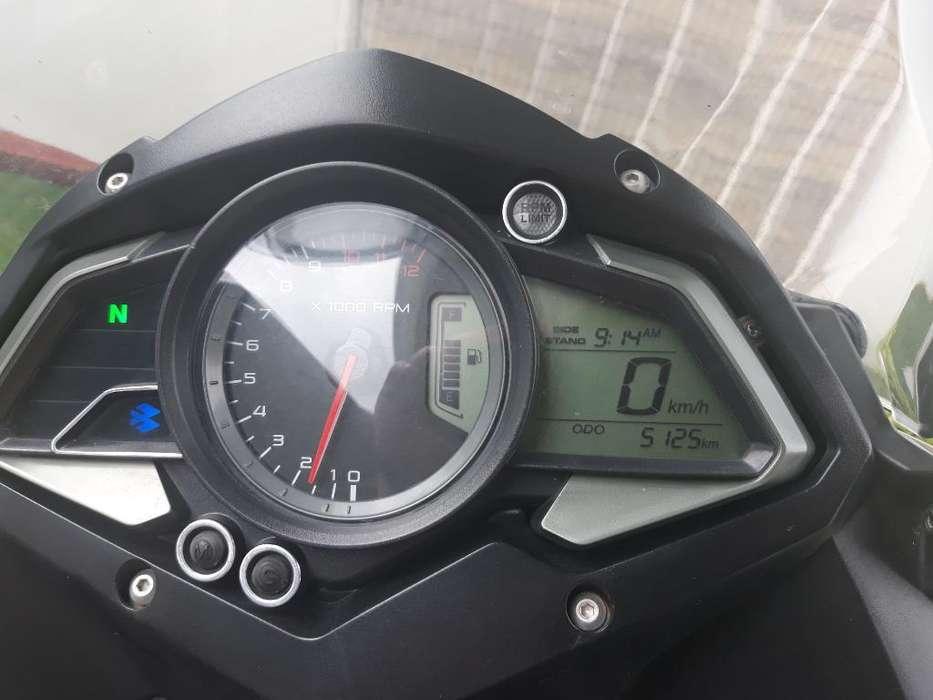 Moto Pulsar As150