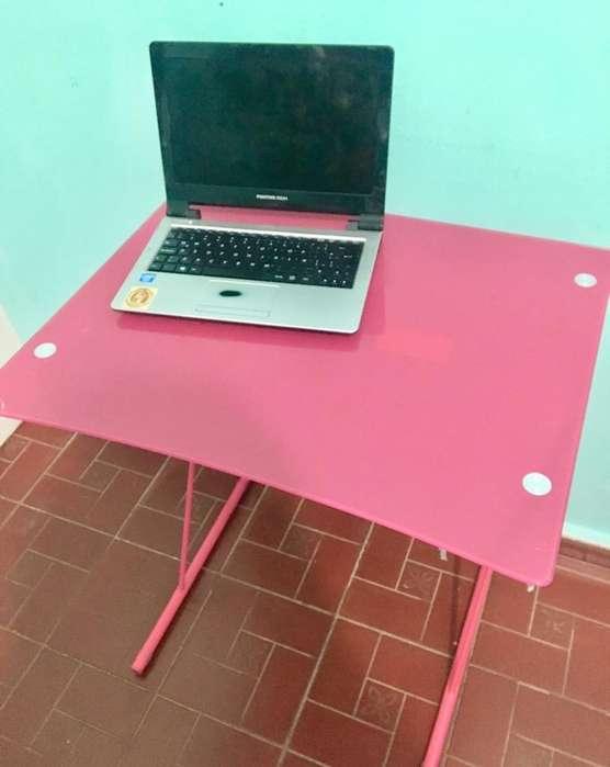 <strong>escritorio</strong> Chico de Vidrio