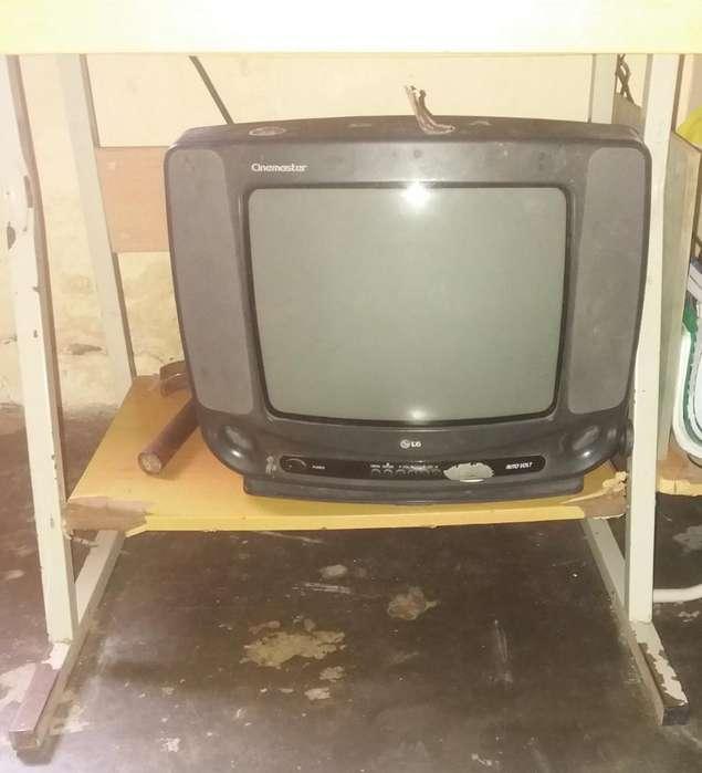 Se Vende Como para Repuesto Este Televis