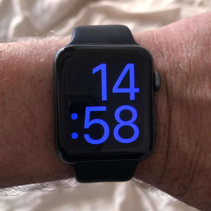 Apple Watch Series 2 - 42mm Space Gray Aluminum - Excelente en caja original