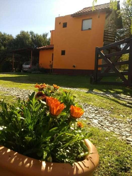 qr28 - Complejo para 3 a 8 personas con pileta y cochera en Villa De Merlo