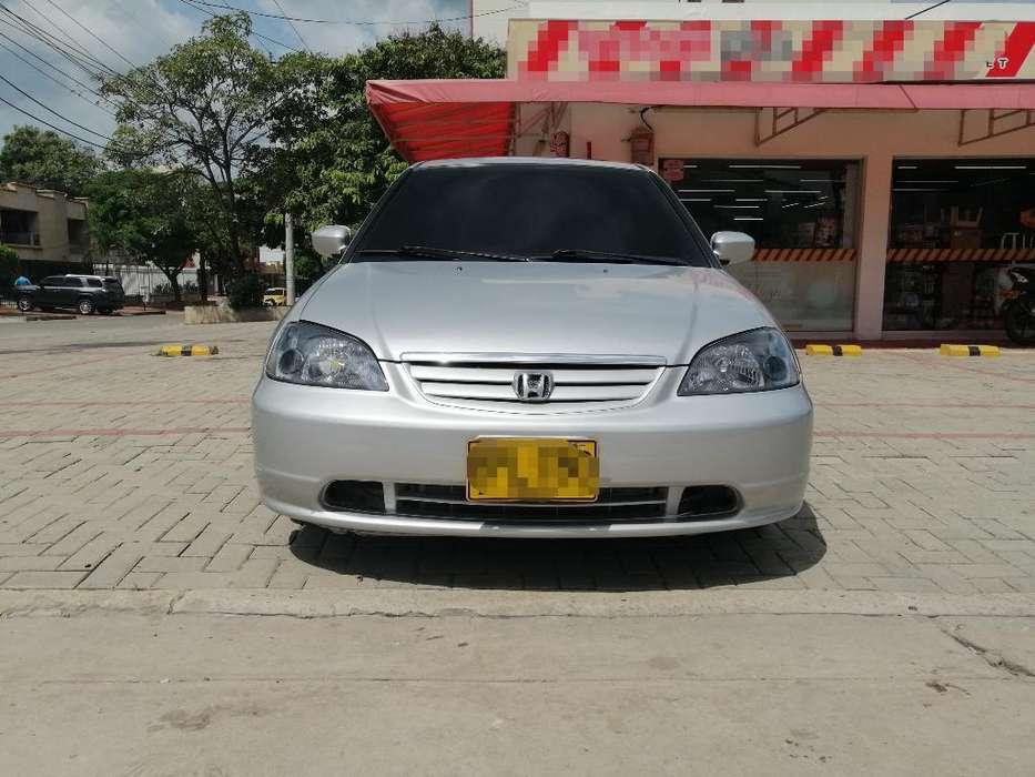 Honda Civic 2002 - 280000 km