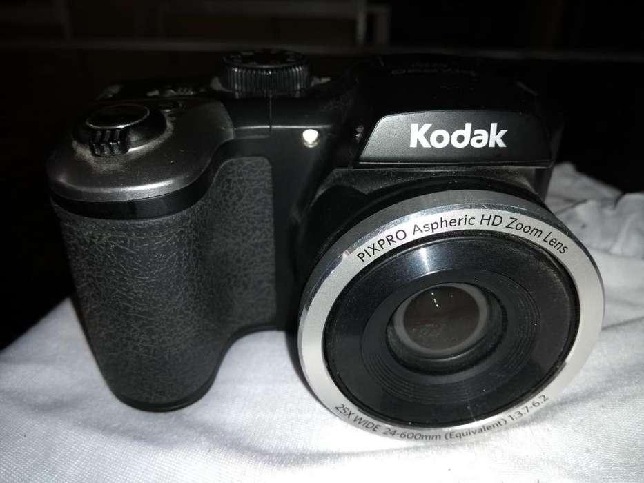 Camara Kodak Pixpro Az251