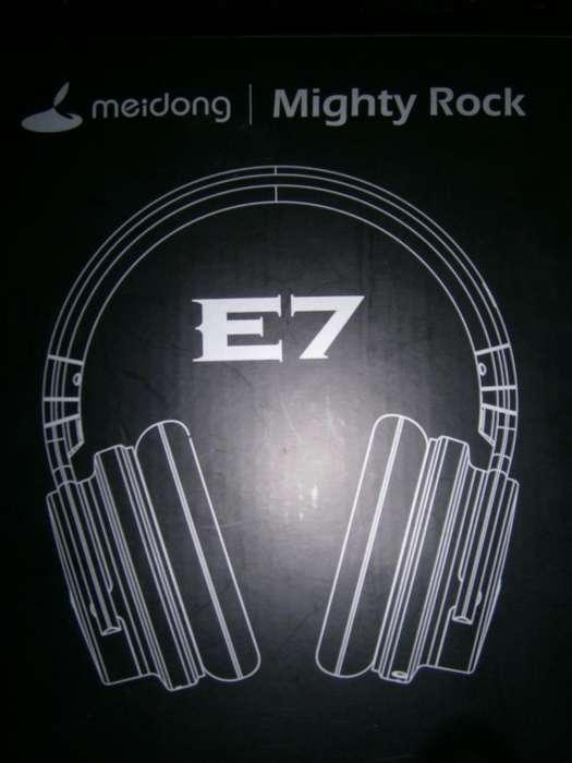 Headphones E7 Mighty Rock