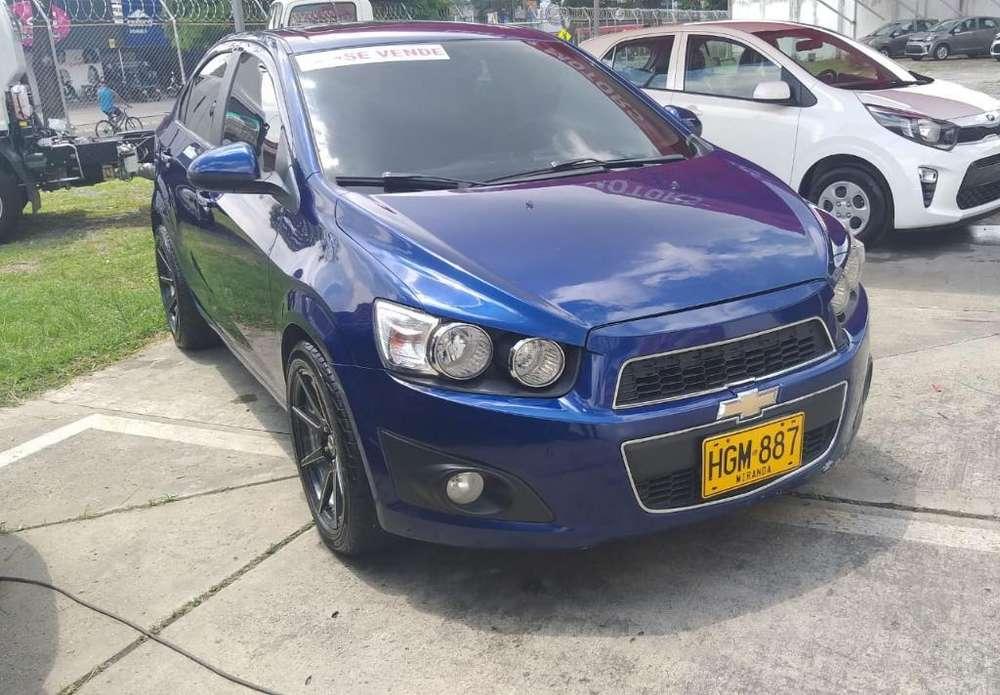 Chevrolet Sonic 2013 - 840000 km