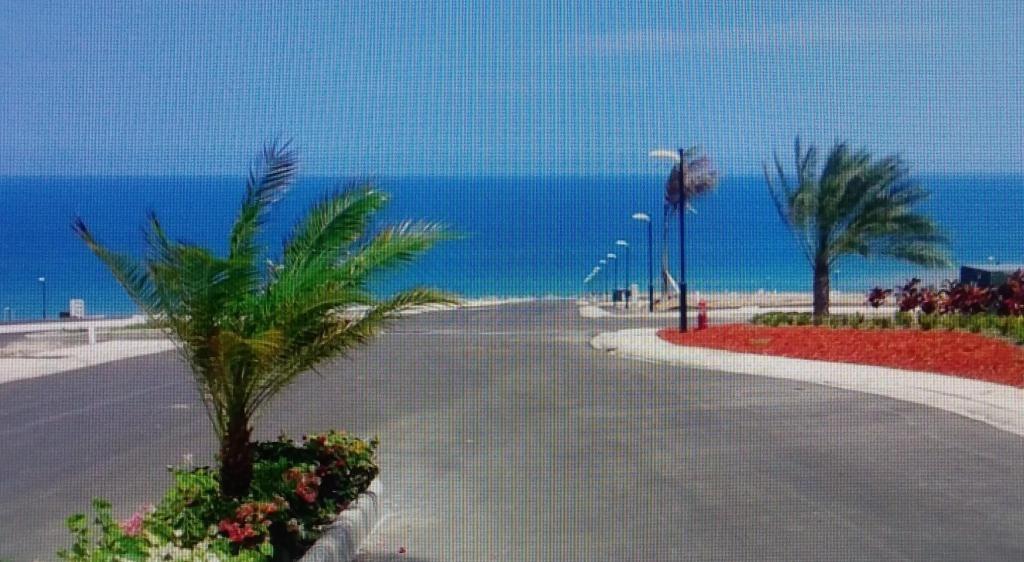Venta terreno Urb. Marina Blue, frente al mar 114-3