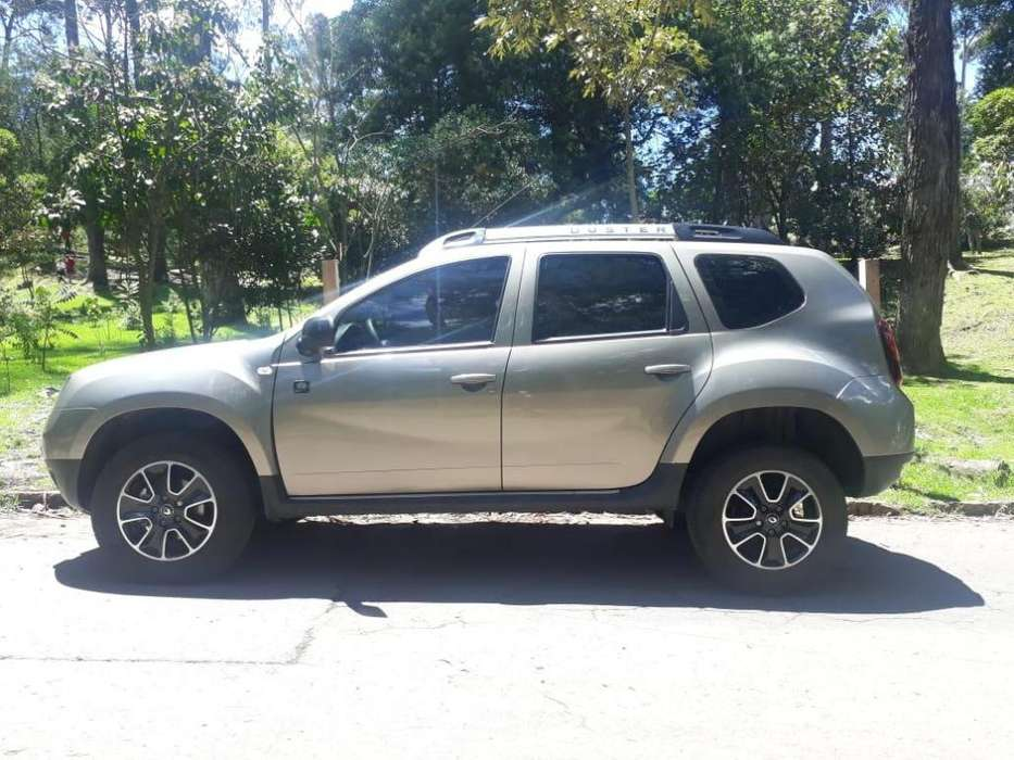 Renault Duster 2018 - 8900 km