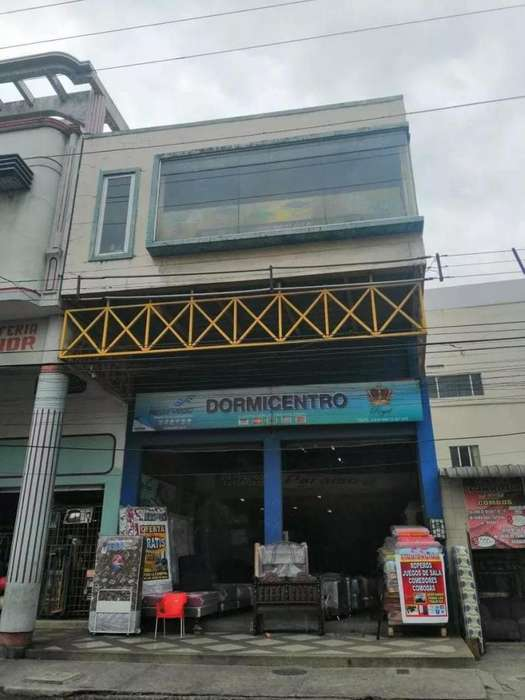 SE VENDE O ALQUILA LOCAL COMERCIAL