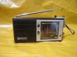 RADIO AM FM MARCA: SANYO MODELO: RP5000 FUNCIONA CON TRANSFORMADOR DE 6V. A 220V AUDIOMAX