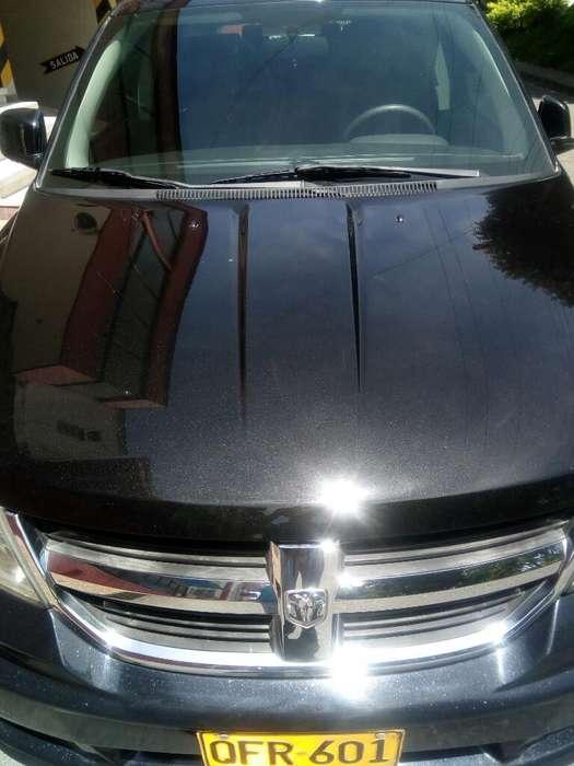 Dodge Journey 2009 - 140000 km