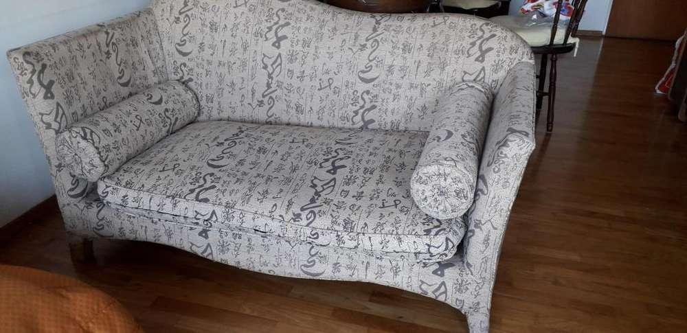 Hermoso sofa - Buen estado