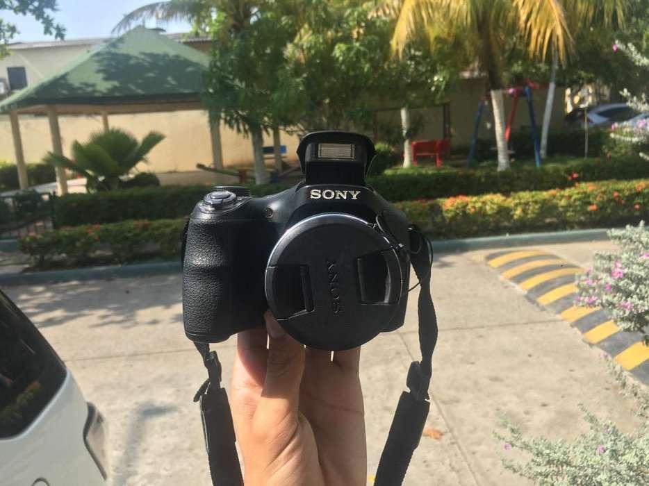 Camara Sony Dsc-H300 20,1Mp de 35X