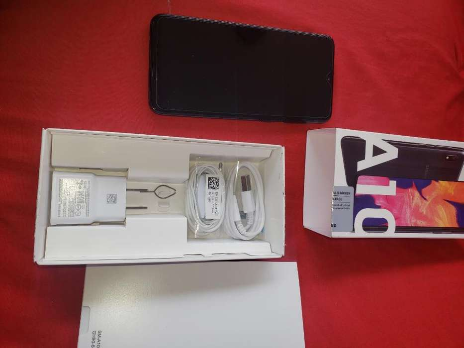 Vendo Galaxy A10 Nuevoo