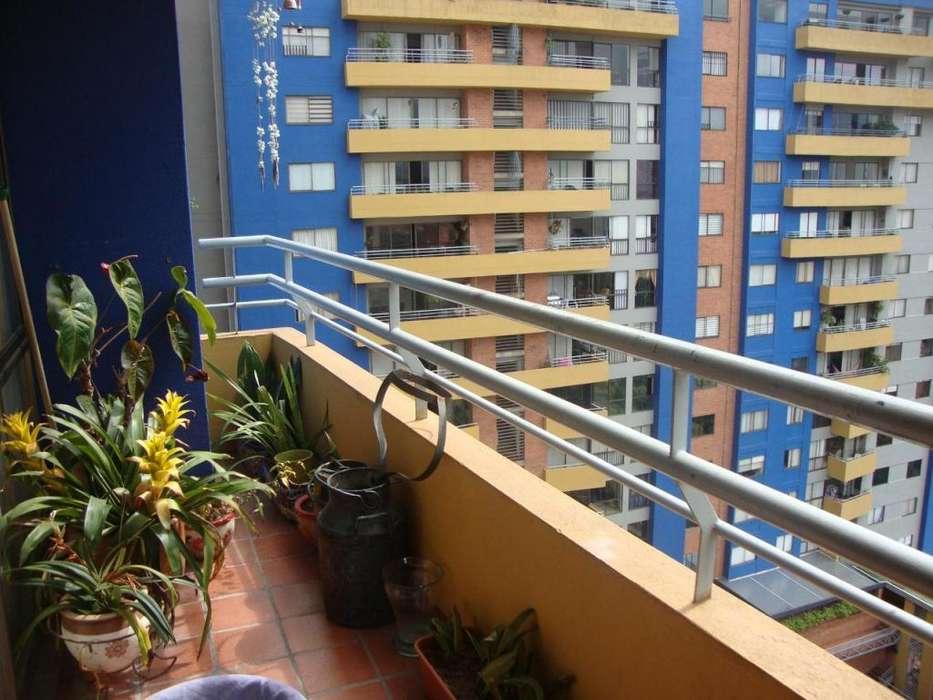 <strong>apartamento</strong> en venta Loma de los Bernal Medellín - wasi_1372120