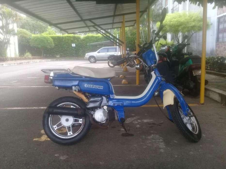 Ganga vendo moto Suzuki FZ-50, buen estado