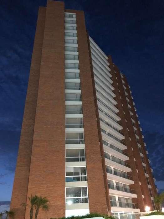 VENTA-DEPARTAMENTO-ESTRENO-<strong>piso</strong> ALTO-FRENTE AL MAR-MANTA QFV1794