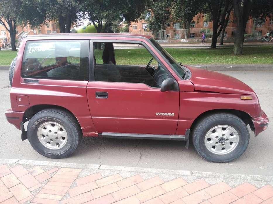 Chevrolet Vitara 1998 - 180000 km