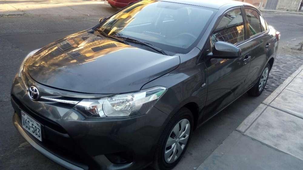 Toyota Yaris 2014 - 24000 km