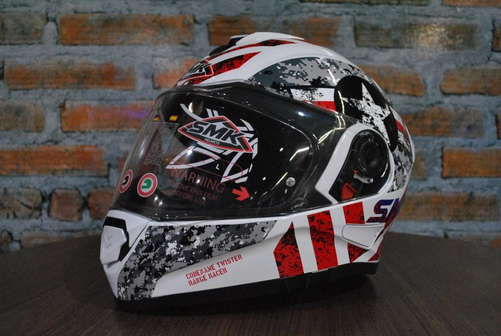 "CASCO SMK TWISTER CAPITAN TALLA ""L"""