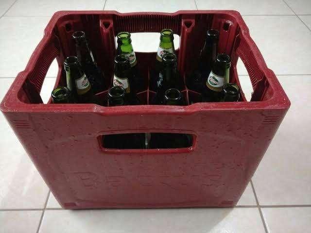 Cajas de cervezas con envaces