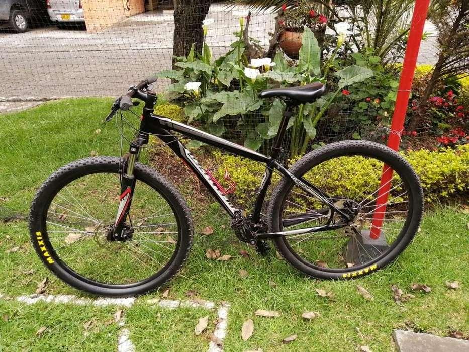Bicicleta montaña Specialized MTB