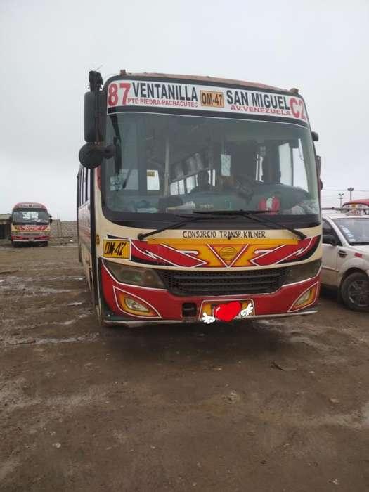 Mercedes-Benz Otro 2011 - 800000 km