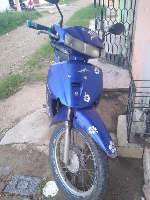 Se Vende Moto Suzuki Vivax 2008