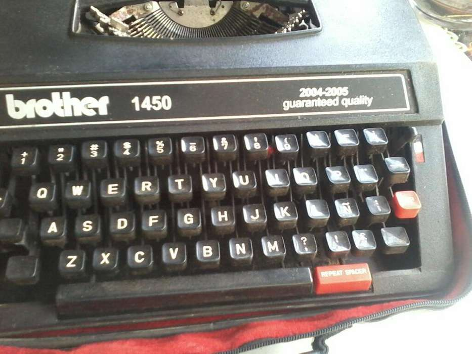 Maquina de Escribir Brother 1450